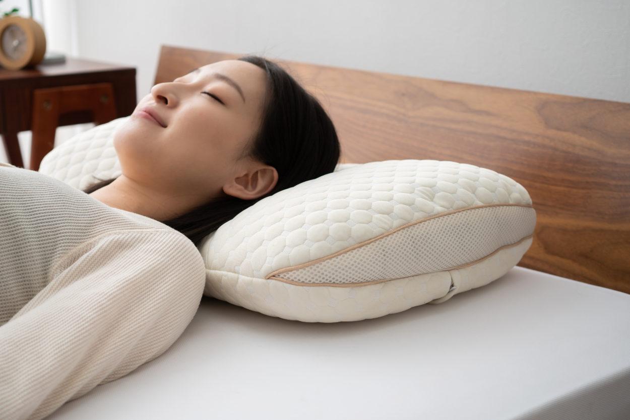 エムール×東急ハンズ共同開発の「オリジナル枕」販売開始